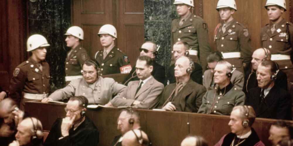 Covid : vers un nouveau tribunal de Nuremberg ? Entretien exclusif en français avec l'avocat Rainer Fuellmich