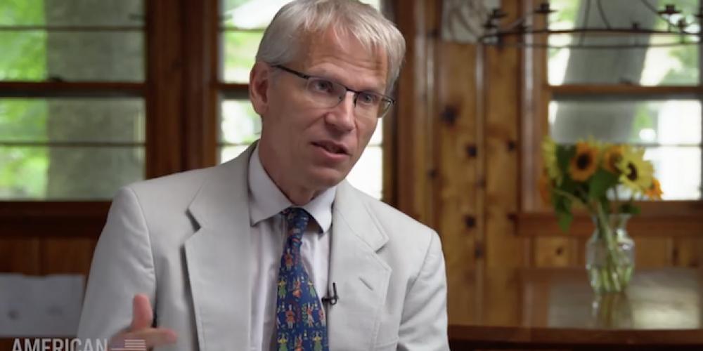 Martin Kulldorff, professeur d'épidémiologie à Harvard, parle du «fiasco de santé publique» du Covid